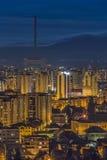 Mroczni miast światła w Brasov Obraz Stock