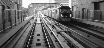 MRT Sungai Buloh- Kajang lijn - Massa Snelle Doorgang in Maleisië royalty-vrije stock foto's
