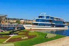 MS一个码头的Panta Rhei在湖苏黎世在市苏黎世 库存图片