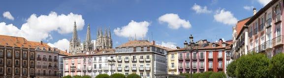 Más alto cuadrado y catedral de Burgos Foto de archivo libre de regalías
