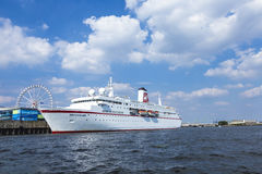 Ms DEUTSCHLAND della nave da crociera al fiume Elba Fotografia Stock Libera da Diritti