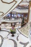MS grande Queen Elizabeth do vestíbulo foto de stock