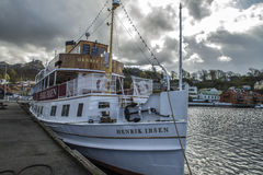 MS Генрик Ибсен состыковало на порте Halden Стоковое Фото