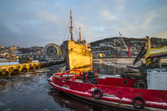 Ms hamen being towed Royalty Free Stock Images