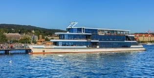 MS Panta Rhei przy molem na Jeziornym Zurich w mieście Zurich Fotografia Stock