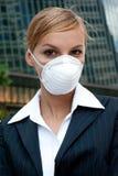 Máscara desgastando da mulher de negócios Imagem de Stock Royalty Free