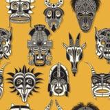 Máscara tribal inconsútil Imagenes de archivo