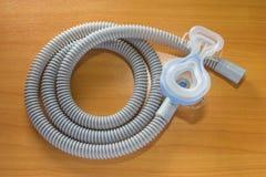 Máscara y manguera de CPAP Imagen de archivo libre de regalías