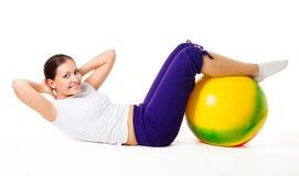 Músculos abdominales de entrenamiento Imagen de archivo libre de regalías