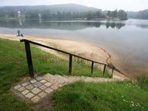 Mseno sjö, Jablonec nad Nisou, Tjeckien Royaltyfri Bild