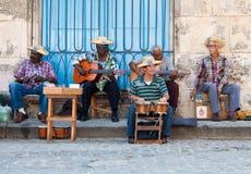Músicos da rua em Havana Fotografia de Stock Royalty Free