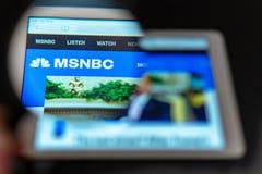 MSNBC nowego kanału logo widoczny przez powiększać - szkło obraz stock