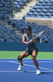 MästareNa Li för den storslagna slamen öva för US Open 2013 på Arthur Ashe Stadium på Billie Jean King National Tennis Center Arkivfoton