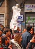 Mszalna Uliczna demonstracja włoszczyzn szczególnie kobietami przeciw Włoskiemu Pierwszorzędnemu ministrowi Silvio Berlusconi Obrazy Stock