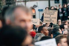 Mszalny jedność wiec trzymający w Strasburg podąża niedawnego terrorysty a Zdjęcie Stock