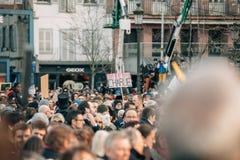 Mszalny jedność wiec trzymający w Strasburg podąża niedawnego terrorysty a Obraz Stock