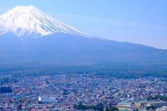 Mt富士和在日本春季(日本Cal的樱花 免版税库存图片