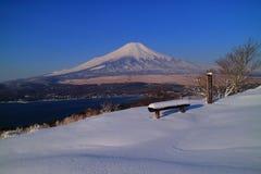 从Mt山峰的富士山  † Ohira ` 免版税库存图片