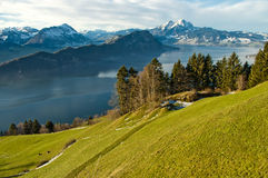 从Mt瑞吉峰铁路的湖Lucern 免版税图库摄影