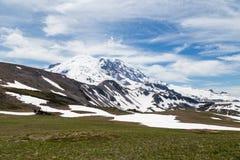 Mt的北部面孔 更加多雨 库存照片