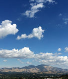 Mt蝙蝠鱼在一云彩天 免版税库存照片