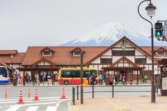 Mt风景的Kawaguchiko火车站  富士 免版税图库摄影