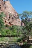Mt Взгляд ландшафта Сиона Юты красивый с мостом моста Стоковые Изображения RF