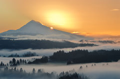 Mt. клобук на восходе солнца Стоковые Фото