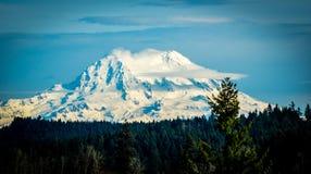 Mt Ненастный на ясный день стоковое фото rf