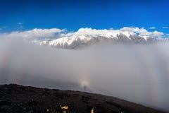 Mt Пик mai Gongga в свете огибания Стоковое фото RF