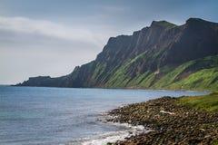 Mt Скалы Gorota на острове Rebun, Японии стоковые изображения