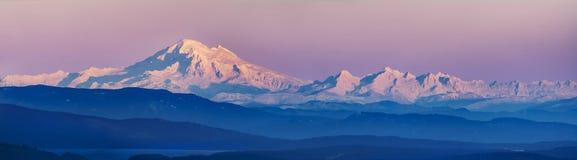 Mt Хлебопек и ряд каскада, WA, США Стоковое Изображение RF