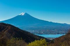 Mt 与三角轻碰的富士 免版税库存图片