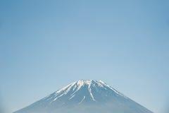 Mt 与蓝天的富士 库存图片