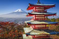 Mt 在秋天的富士 免版税库存图片