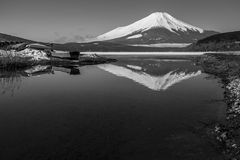 Mt 富士冬天从山中湖的季节射击 山梨, J 库存图片