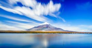 Mt 富士和山中湖,日本 免版税库存照片