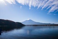 Mt 富士山在秋天 免版税库存图片