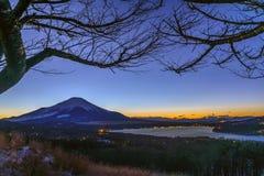 Mt 富士duing的日落 免版税库存图片