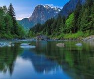 Mt 索引, Skykomish河,华盛顿州 免版税图库摄影