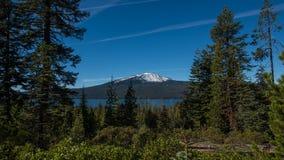 Mt贝里和Diamond湖俄勒冈 库存图片