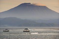 Mt Agung od Nusa Lembongan Fotografia Royalty Free