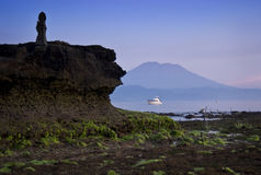 Mt Agung od Nusa Lembongan Fotografia Stock
