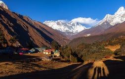 Mt Ama Dablam w Everest regionie himalaje Nepal Zdjęcie Stock