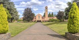 Mt Angel Abbey und Boden Oregon Lizenzfreies Stockbild