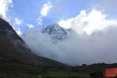 Mt annapurnaen fotografering för bildbyråer