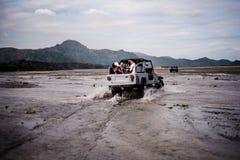 Mt Aventure de Pinatubo Photos stock