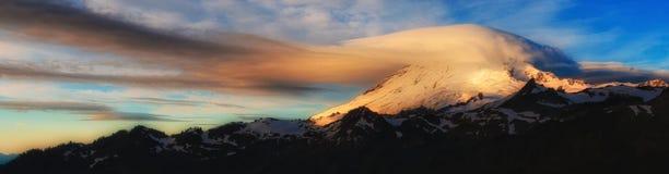 Mt Bäcker, Washington State Stockbild