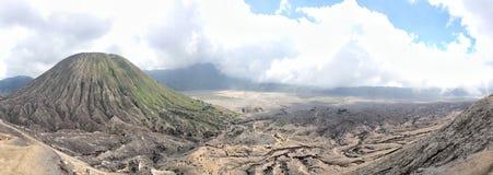 从Mt Bromo上面的清晰视界  免版税库存图片