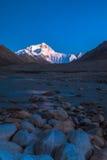 Mt. Chomolungma na noite Foto de Stock